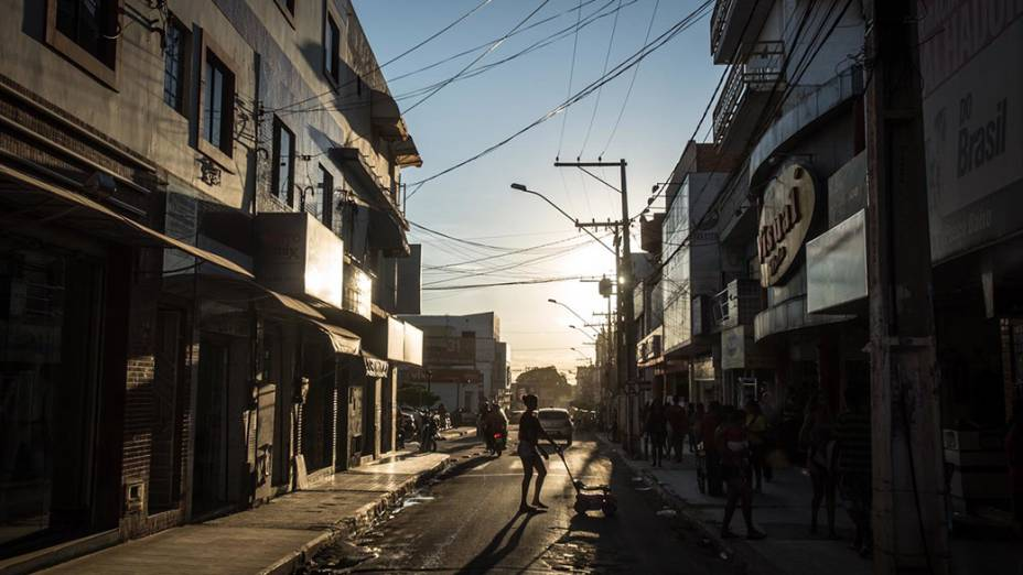 Rua comercial no centro de Irecê, nesta quarta-feira(BA)