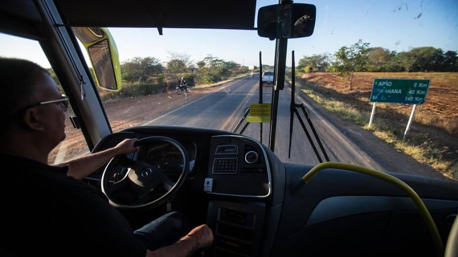 Expedição deixa a cidade baiana de Irecê e segue para Janaúba, em Minas Gerais