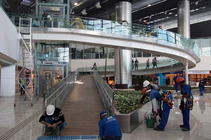 economia-aeroporto-guarulhos-terminal3-20140510-002-original.jpeg