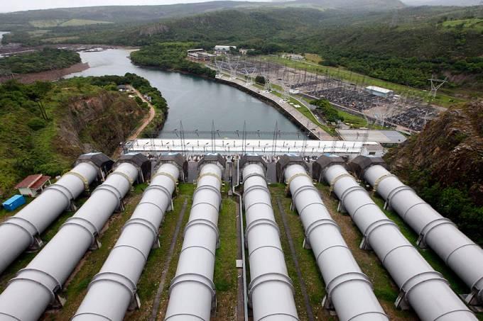 economia-energia-usina-furnas-minas-gerais-20130114-04-original.jpeg