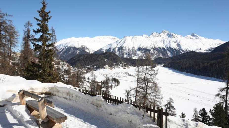 O chalé em ST Moritz é o local preferido de Lemann no inverno suíço