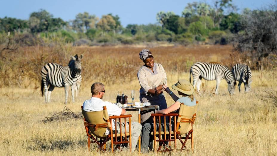 Considerado pela Travel + Leisure o melhor hotel do mundo, o Mombo Camp fica em Botsuana