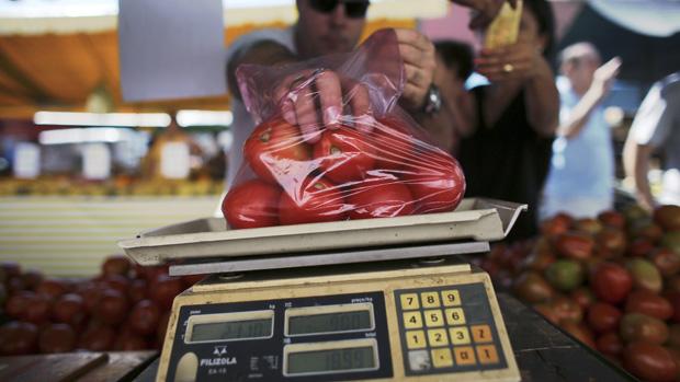 economia-inflacao-feira-tomate-20130504-13-original.jpeg