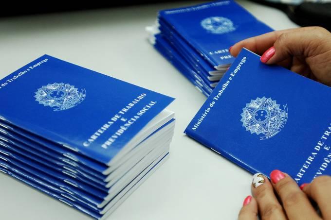 economia-trabalho-desemprego-carteira-20130527-60-original.jpeg
