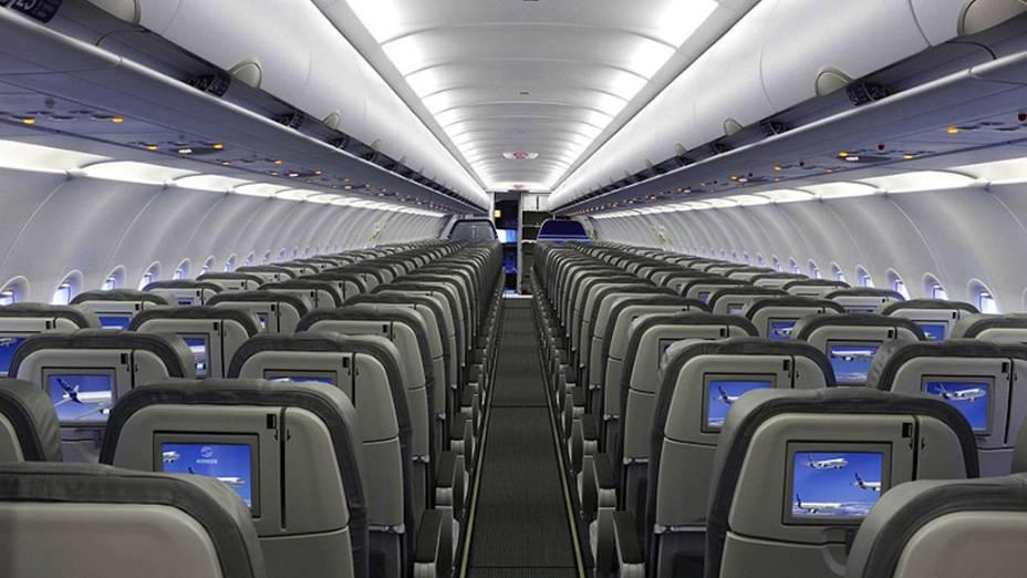 Com 34 metros de comprimento, a aeronave comportava 124 passageiros