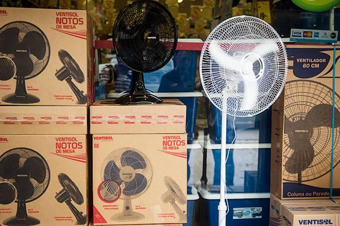 economia-venda-ventiladores-calor-20111231-006-original.jpeg
