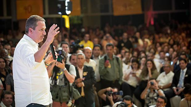 Eduardo Campos participa do evento Encontro dos Amigos de Paulo Câmara, candidato ao governo de Pernambuco