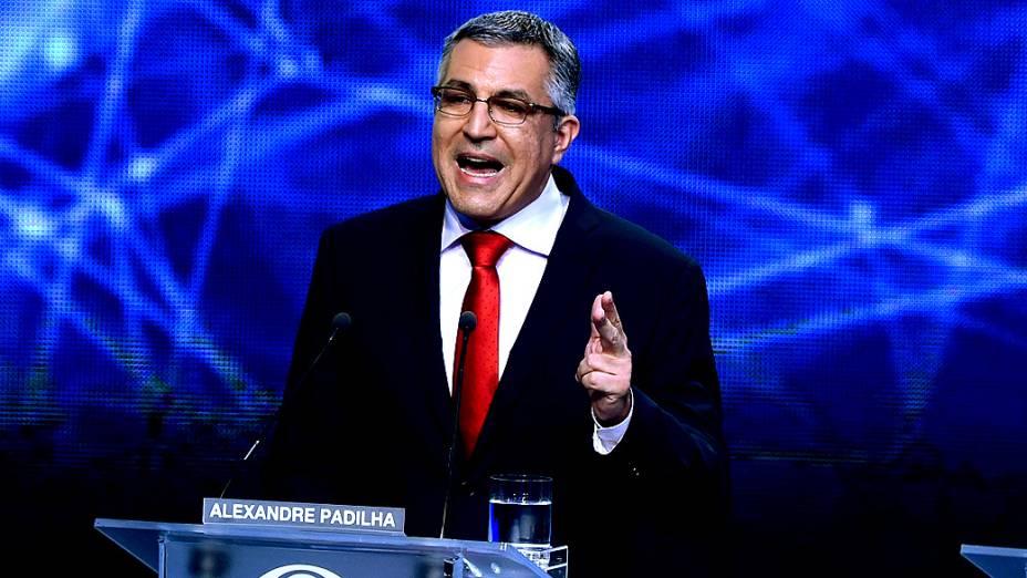 Alexandre Padilha durante o primeiro debate das eleições 2014 entre os candidatos ao governo do Estado de São Paulo, promovido pela TV Bandeirantes, neste sábado (23), na sede da emissora, em São Paulo
