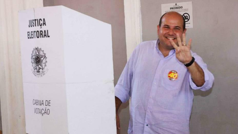 Candidato Roberto Cláudio do PSB vota em Fortaleza