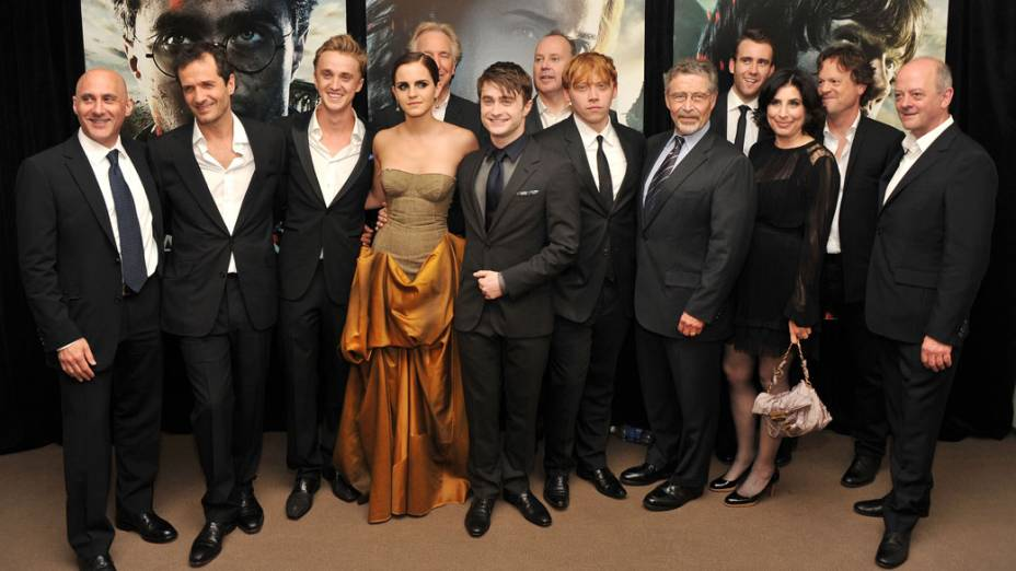 <br><br>  Elenco de Harry Potter e as Relíquias da Morte – Parte 2 na pré-estreia do filme em Nova York<br><br>