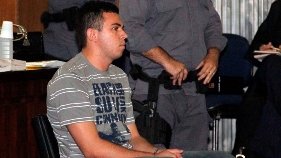 Lindemberg chega ao fórum de Santo André, na Grande São Paulo