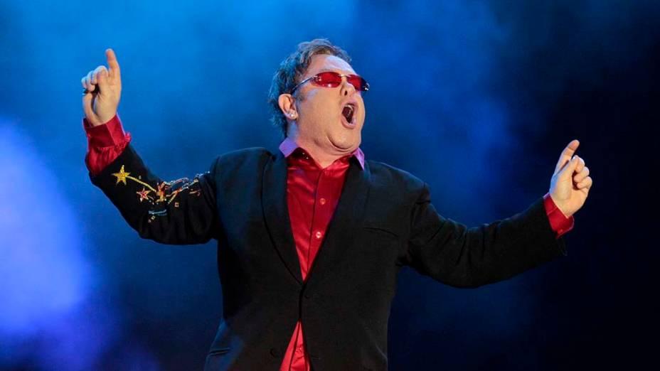 Elton John durante show no palco Mundo, no primeiro dia do Rock in Rio, em 23/09/2011