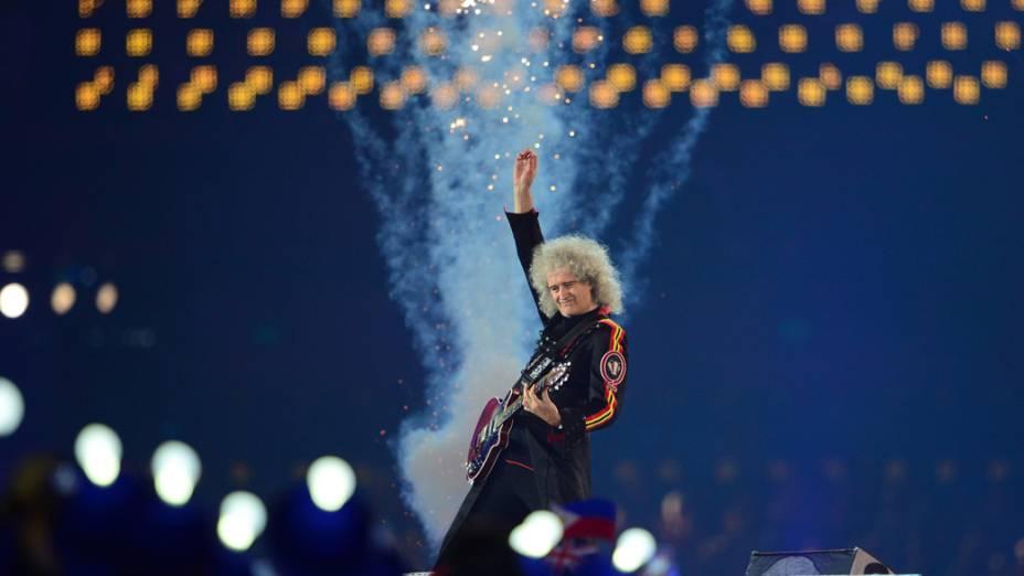 O guitarrista do Queen, Brian May, na festa de encerramento dos Jogos Olímpicos de Londres