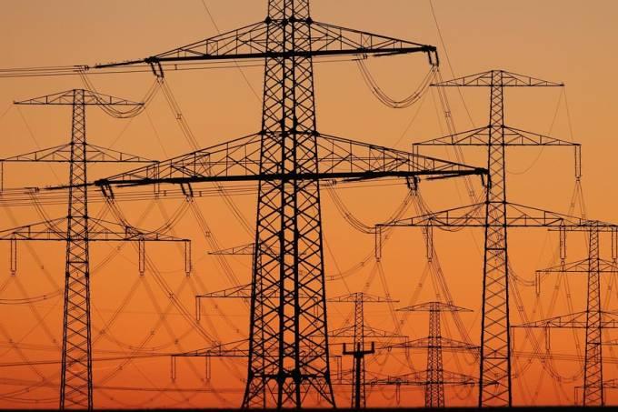 energia-eletrica-torre-alta-tensao-20110307-29-original.jpeg
