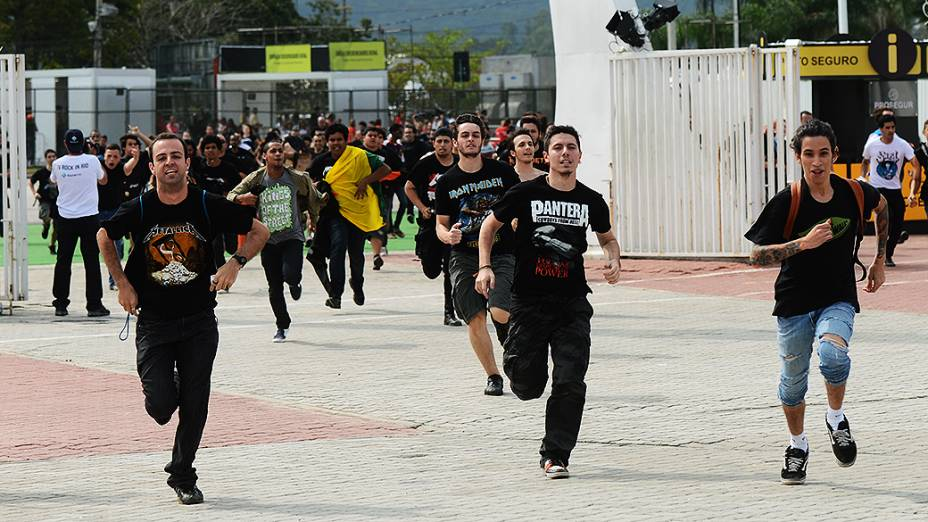 Movimentação do público durante o quarto dia do Rock in Rio 2013