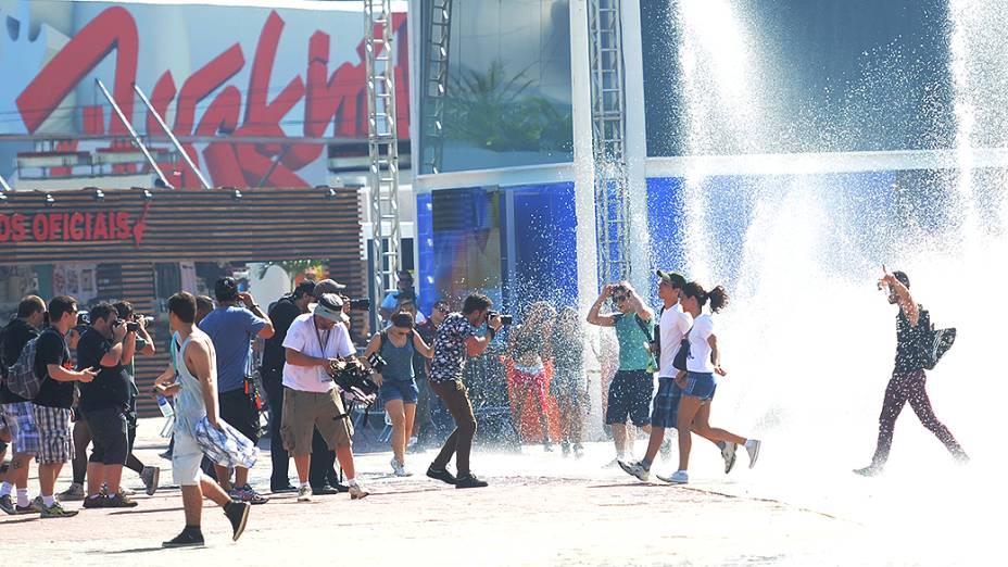 Público se refresca na Cidade do Rock