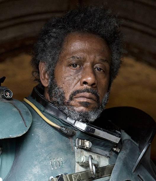 O ator Forest Whitaker como Saw Gerrera no filme Star Wars: Rogue One