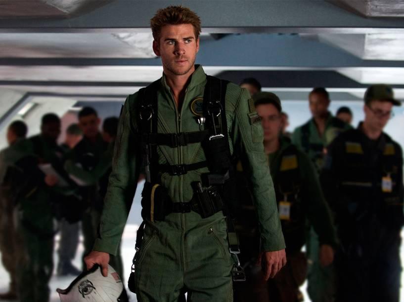 O ator Liam Hemsworth, em cena do filme Independence Day - O Ressurgimento