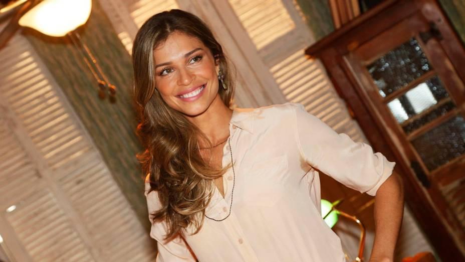 Grazi Massafera (Ester), protagonista de Flor do Caribe, novela das seis da Rede Globo