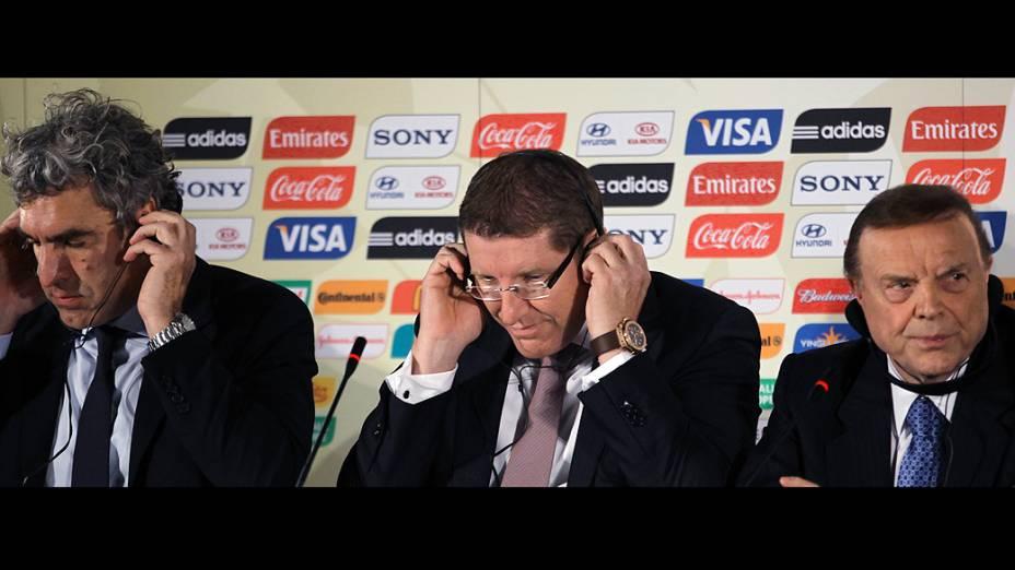 Walter De Gregorio, Thierry Weil e José Maria Marin no anúncio das sedes da Copa das Confederações