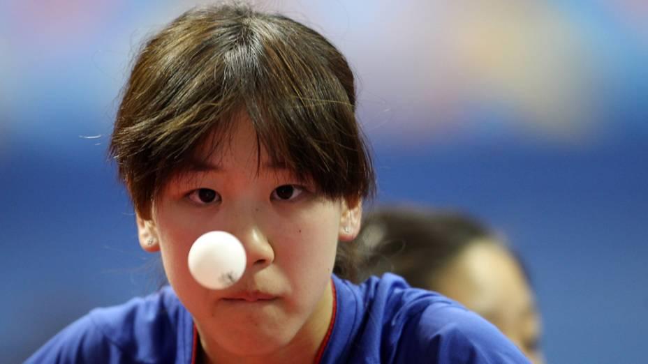 A americana Erica Wu durante partida de tênis de mesa no primeiro dia dos Jogos Pan-Americanos em Guadalajara, México, em 15/10/2011