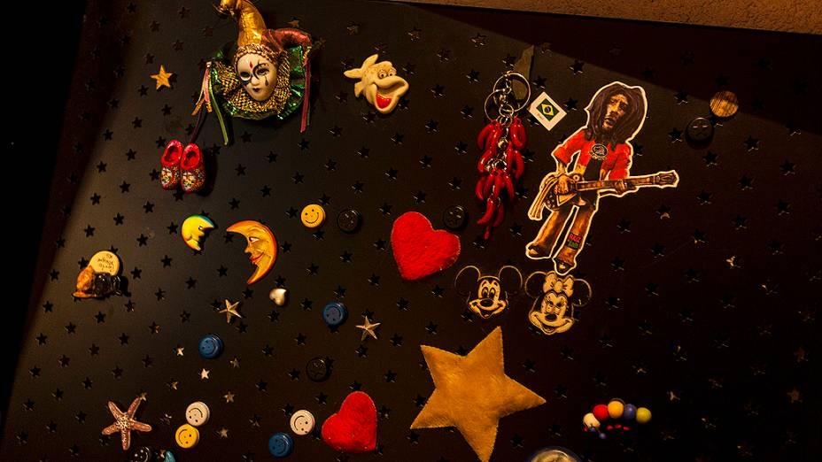 Detalhes do quarto de Paula Pimenta, em Belo Horizonte