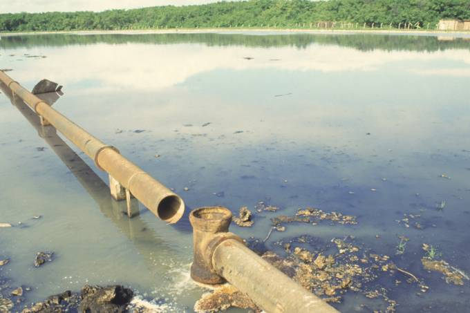 esgoto-rio-saneamento-aracaju-199106-original.jpeg