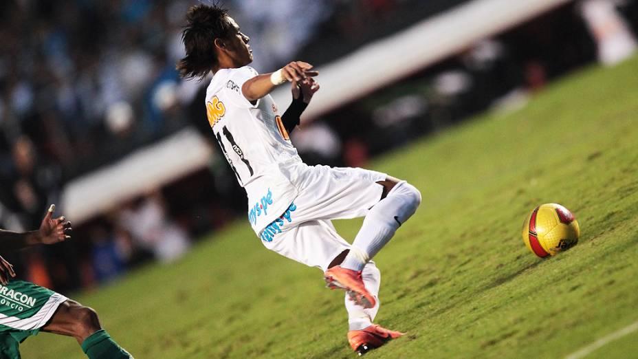 Neymar marcou dois em cima do Guarani na final do Campeonato Paulista, no estádio do Morumbi