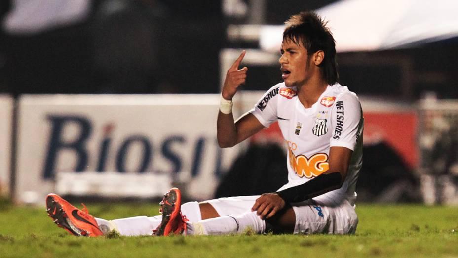 Neymar durante partida disputada entre Santos e Guarani, pela final do Paulistão, no estádio do Morumbi, em São Paulo