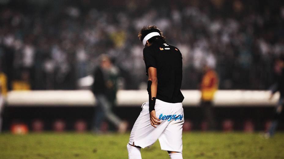Neymar depois da partida entre Santos e Guarani