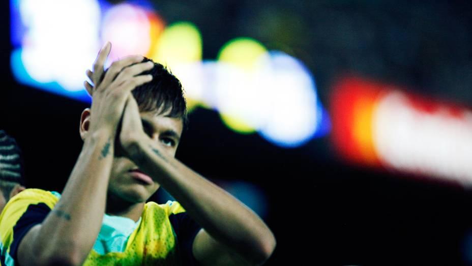 Na apresentação dos jogadores para a temporada 2012/13, Neymar foi um dos mais aplaudidos pela torcida presente no Camp Nou...