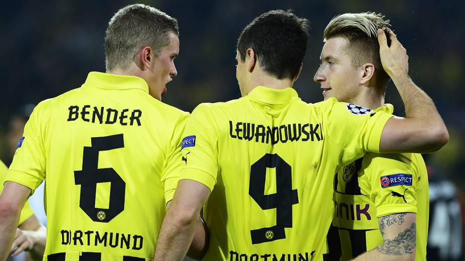 Lewandowski comemora gol contra o Real Madrid