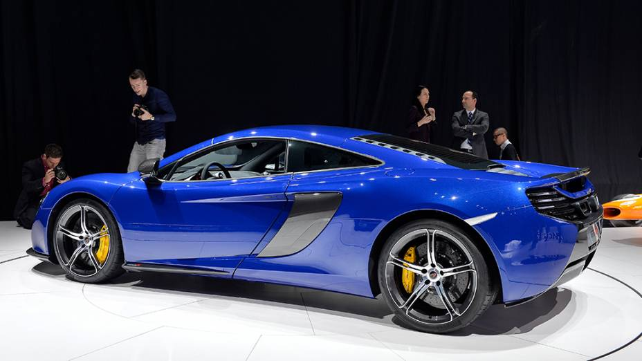O esportivo McLaren 650s