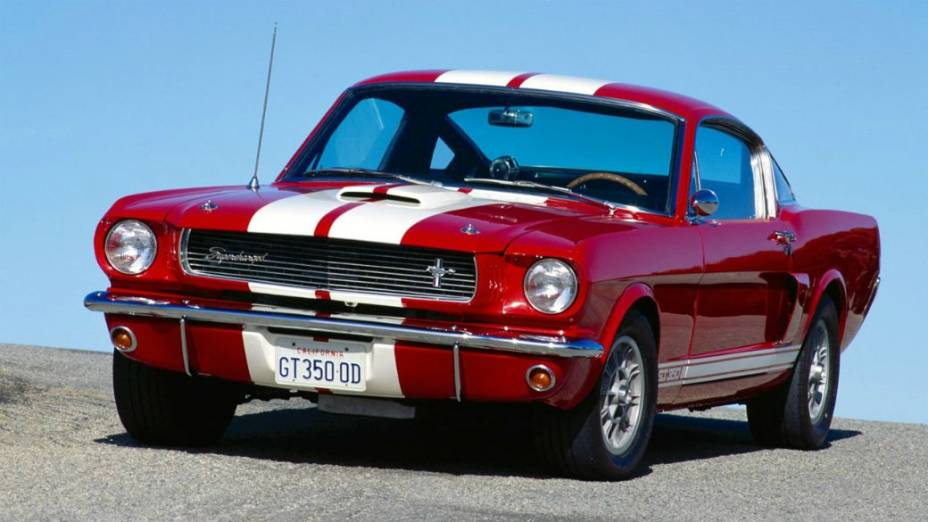 A versão GT 350, de 1965: menos que 310 cv de potência