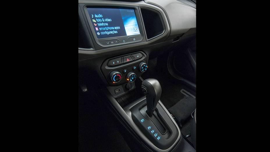A nova transmissão automática de seis velocidades do Prisma