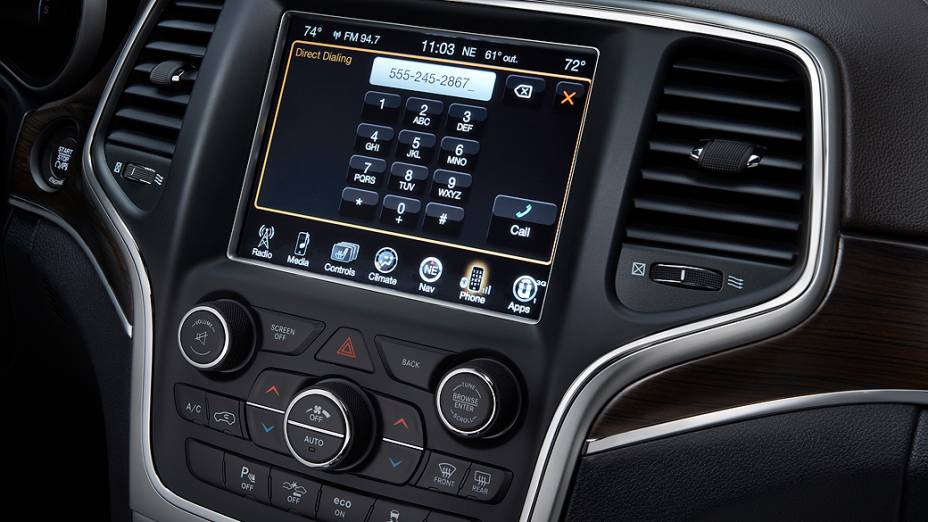 SUV tem novos faróis e lanternas e câmbio de oito marchas e o conhecido motor V6 3.6 litros de 286 cv