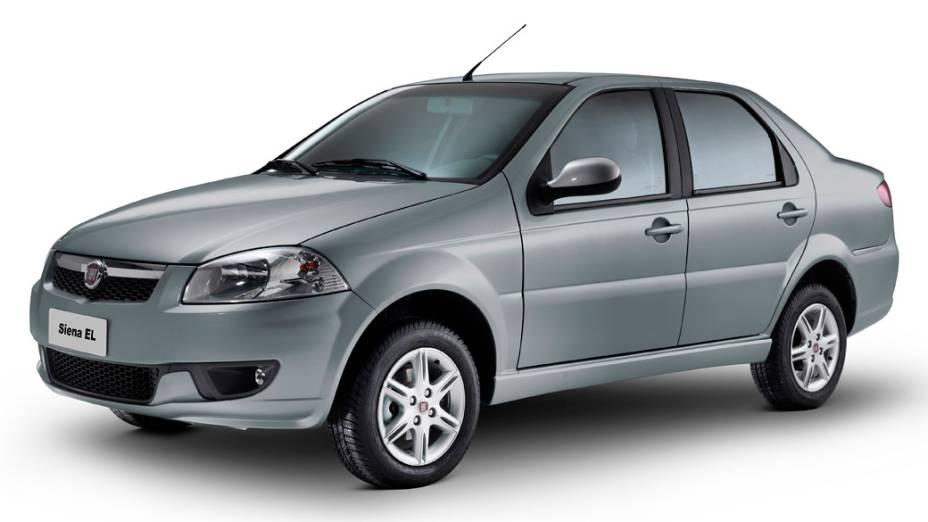 Fiat Siena EL 1.0 8V: a álcool, 8,2 km/l (cidade) e 9,8 km/l (estarda); a gasolina, 12,0 km/l (cidade) e 14,1 km/l (estrada)