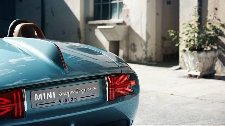 O conversível Superleggera Vision é um projeto em parceria com o estúdio Touring Superleggera