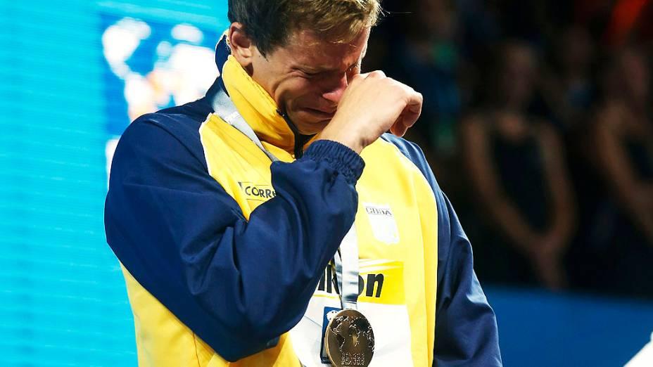 Cielo comemora após vencer 50m livre final masculina durante os Campeonatos Mundiais de Natação no Sant Jordi Arena em Barcelona