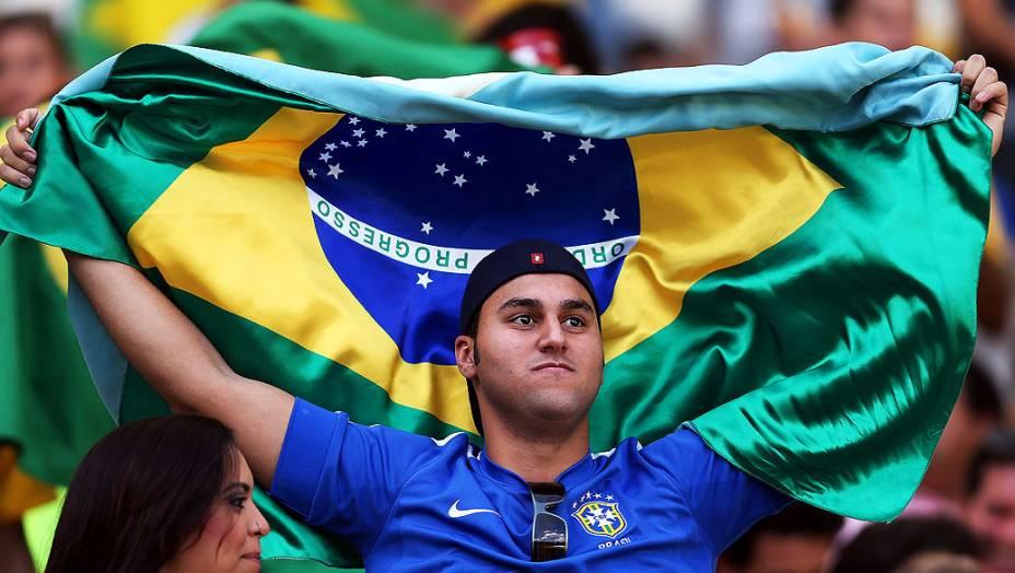Torcida antes da partida entre Brasil e Uruguai válida pela Copa das Confederações, no Estádio Mineirão, em Belo Horizonte