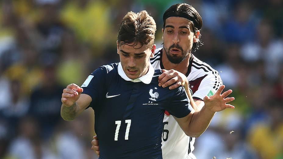 Lance no jogo entre França e Alemanha no Maracanã, no Rio
