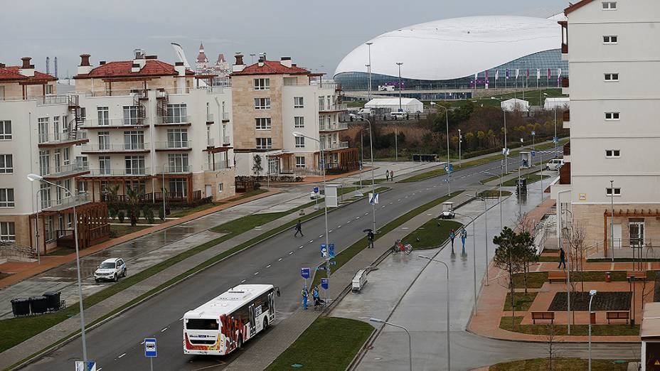 A vila olímpica de Sochi, sem sinalização