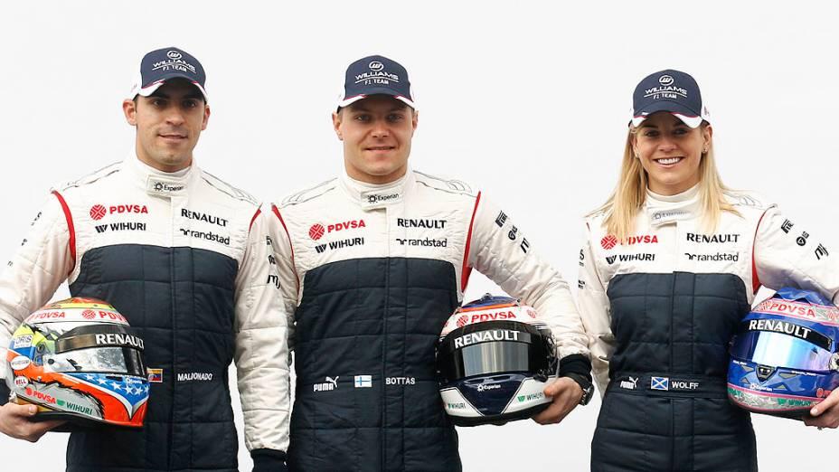 Pastor Maldonado e Valtteri Bottas, e a piloto de testes Susie Wolff