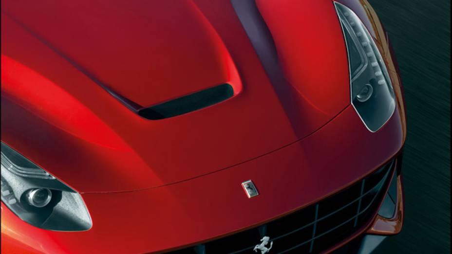 F12berlinetta: motor 6.3 litros, V12 e velocidade máxima de 340 km/hora