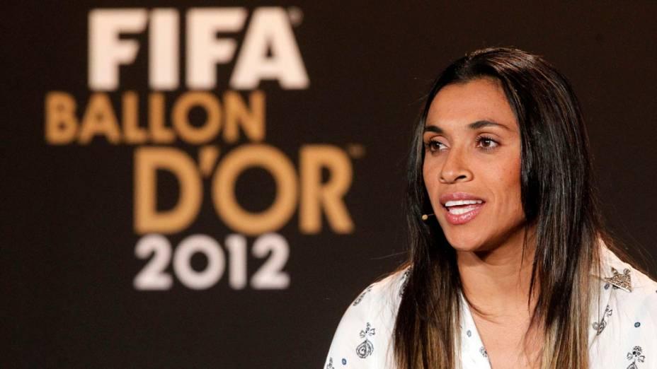 Marta antes da cerimônia de premiação da Bola de Ouro da Fifa em Zurique, Suíça