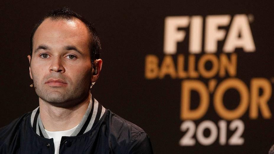 Andres Iniesta antes da cerimônia de premiação da Bola de Ouro da Fifa em Zurique, Suíça