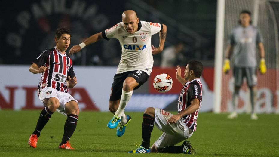 Corinthians vence São Paulo no Pacaembu e é campeão da Recopa Sul-Americana