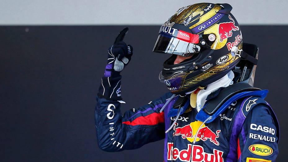 Sebastian Vettel da Red Bull conquistou a vitória em casa, pela primeira vez, no GP da Alemanha, em Nürburgring