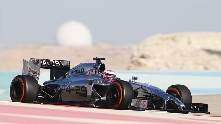 Kevin Magnussen, da McLaren, durante testes para a temporada 2014 da Fómula 1 no Barein