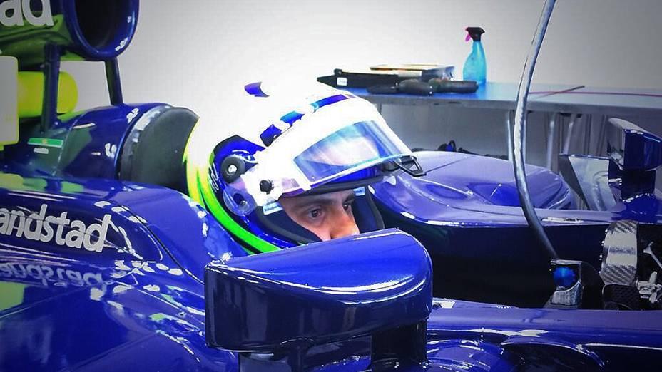 Felipe Massa no box da Williams, em sua estreia na equipe , em Jerez de La Frontera, Espanha